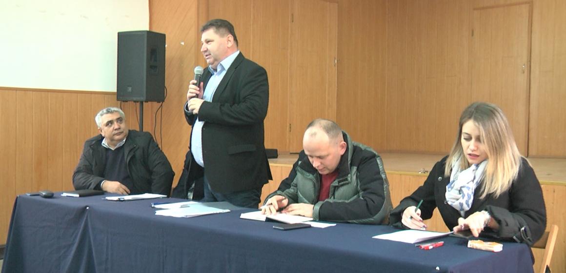 VIDEO | Administrația locală din Giulești, întâlnire cu cetățenii