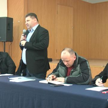 VIDEO   Administrația locală din Giulești, întâlnire cu cetățenii