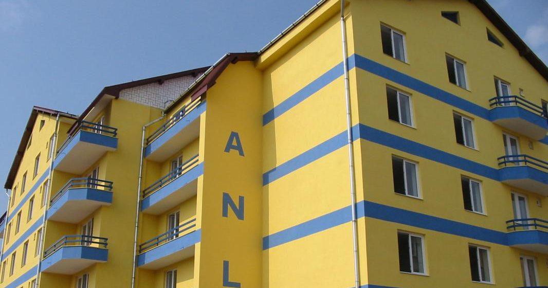 VIDEO   Se construiește un bloc ANL cu locuințe de serviciu