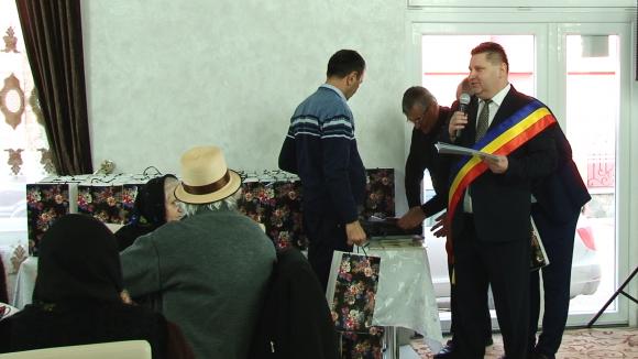 Nunta de Aur – cuplurile din Giulești care au împlinit 50 de ani de căsnicie au fost sărbătorite