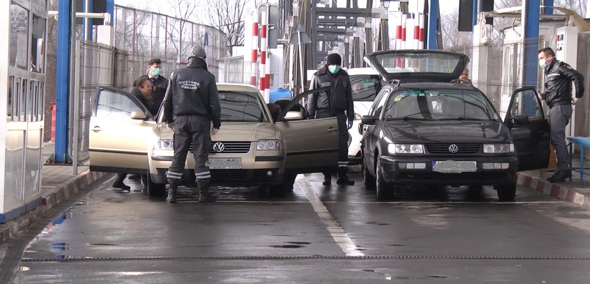 VIDEO | Verificări la intrarea în țară. 113 persoane izolate la domiciliu în Maramureș, niciuna în carantină