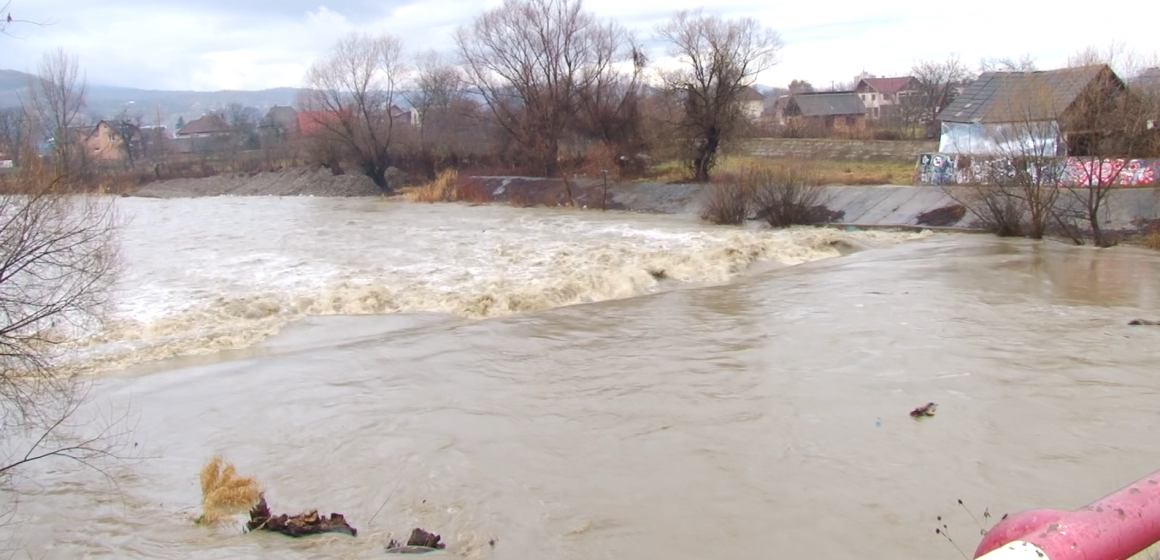 VIDEO | Hidrologii au anunțat Cod galben de inundații în Maramureș și în alte 9 județe