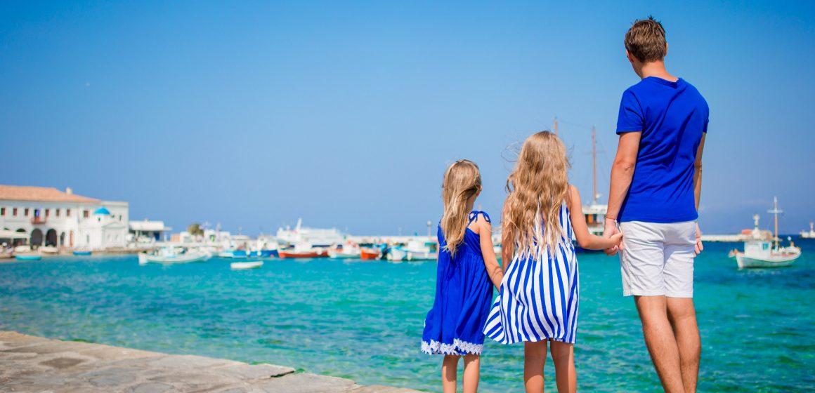 Uită de griji și rezervă-ți o vacanță de neuitat în Insula Soarelui