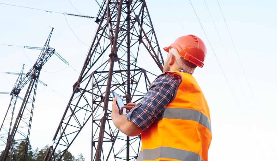 Se întrerupe alimentarea cu energie electrică în Bârsana