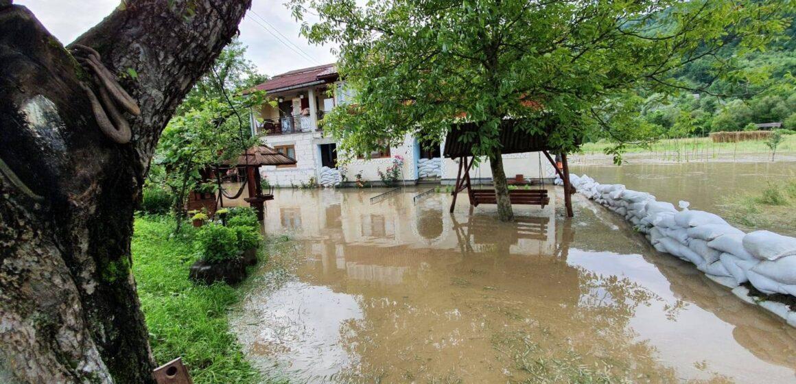 VIDEO | Ajutoare de la stat pentru cei afectați de inundații