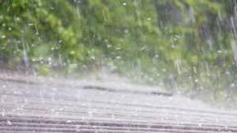 MARAMUREȘ: Cod portocaliu de vânt, ploi torențiale și grindină