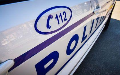Septuagenar prins conducând o mașină cu plăcuțe de înmatriculare de la un alt autoturism