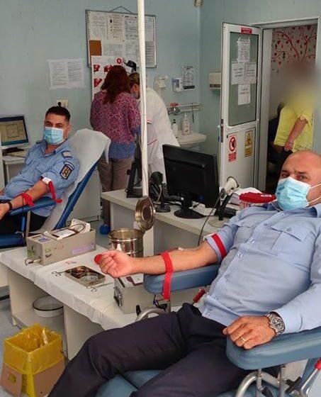 Jandarmii maramureșeni donează sânge pentru viață!