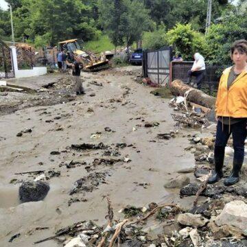 VIDEO | Din nou ploi, din nou inundații în Maramureș