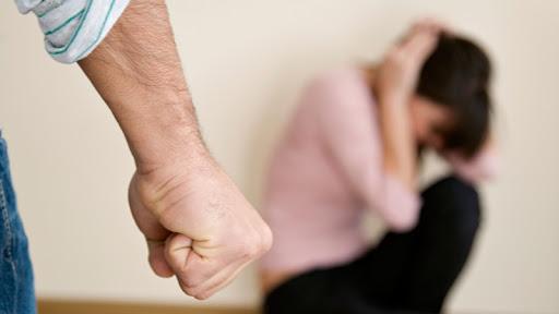 VIDEO | Tot mai multe cazuri de violență în familie în Maramureș