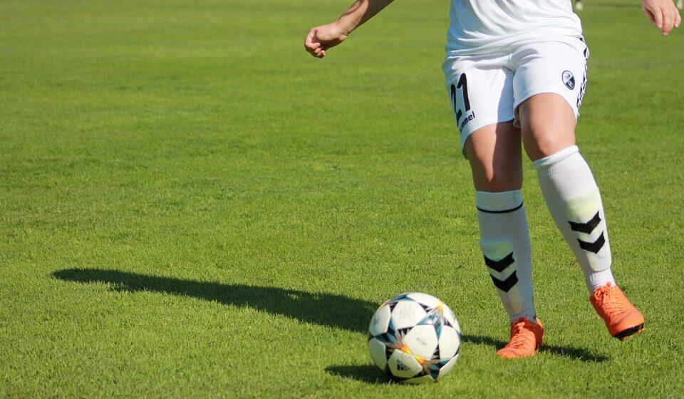 VIDEO | 50 mii lei alocă Consiliul Județean Maramureș pentru finanţarea Asociației Clubul Sportiv de Fotbal Feminin Baia Mare