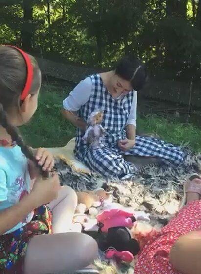 VIDEO | Zaharașka, în mijlocul copiilor din Călinești
