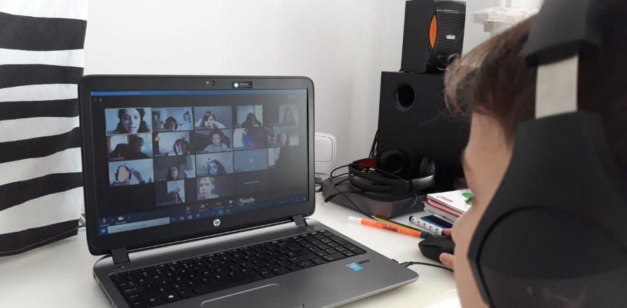 VIDEO | Elevii se întorc de miercuri la școală