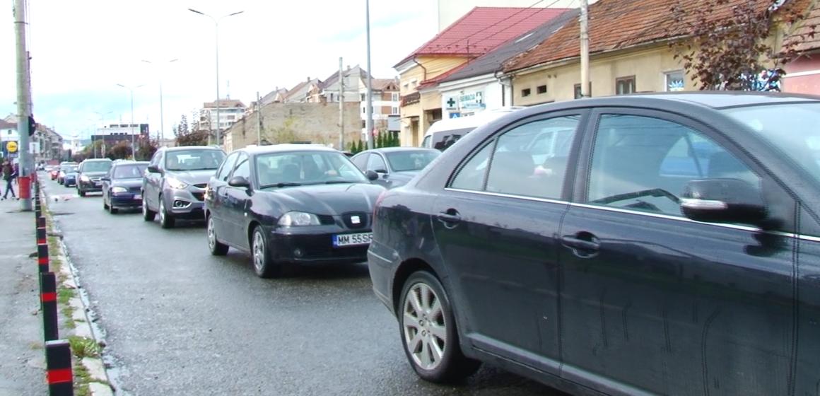 VIDEO | Circulație bară la bară în Sighetu Marmației