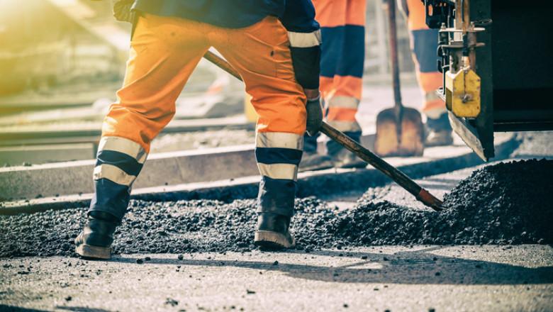 România, pe primul loc în UE la ponderea angajaţilor aflaţi în risc de sărăcie