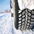 Recomandări pentru şoferii care circulă pe timp de iarnă, în condiţiile unui carosabil acoperit cu zăpadă şi polei