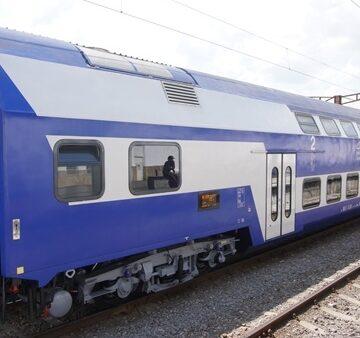 VIDEO | Trecerea la ora Europei Orientale nu modifică mersul trenurilor în vigoare