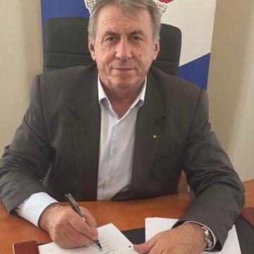 VIDEO | Primăria Mireșu Mare continuă demersurile la proiectul de reabilitate şi modernizare a grădiniţei din Tulghieş