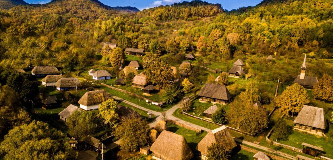 VIDEO | Ruta muzeelor etnografice în aer liber din România a primit recunoașterea Ministerului Economiei, Energiei și Mediului de Afaceri