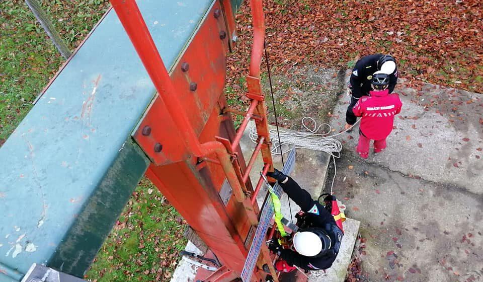 VIDEO | Amplu exercițiu de salvare din telescaun în Complexul Turistic Șuior Maramureș