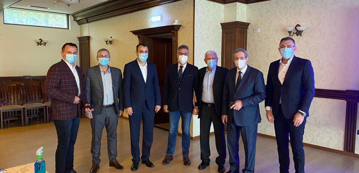 VIDEO | Discuțiile legate de necesitate construirii unui spital modern în Sighet au fost reluate în cadrul unei întâlniri la nivel înalt