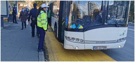 VIDEO | Măsuri şi reguli în domeniul transporturilor de persoane, pe perioada stării de alertă. Acţiuni zilnice ale poliţiei pentru verificarea acestora