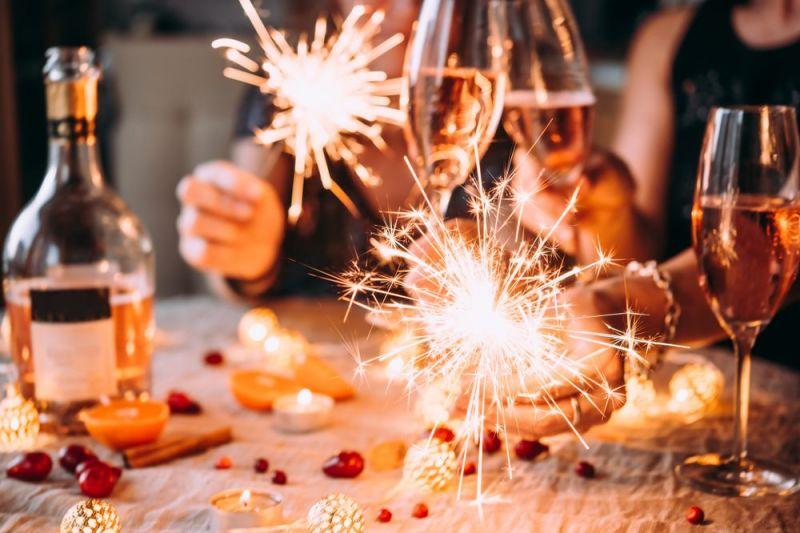 VIDEO | Petrecerile de Revelion sunt interzise