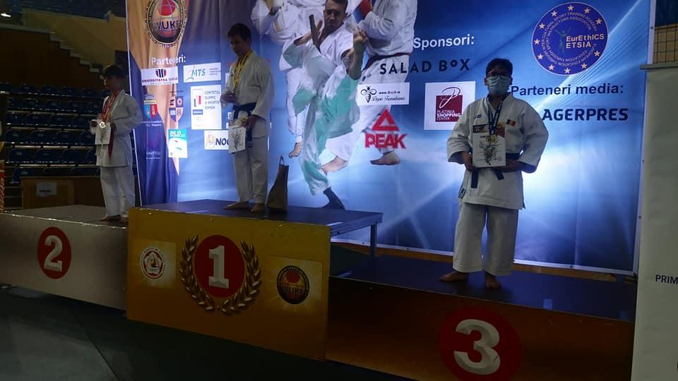 VIDEO   Patru medalii de aur pentru sportivii de la Clubul Kamiza Do, la Cupa Campionilor Europeni la Karate