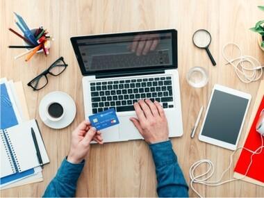 Românii au început să cumpere mai mult online. 20% dintre cumpărători sunt începători