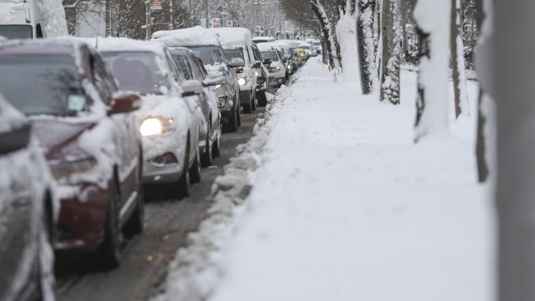 VIDEO | ANM a emis o nouă informare meteo de polei și ninsori