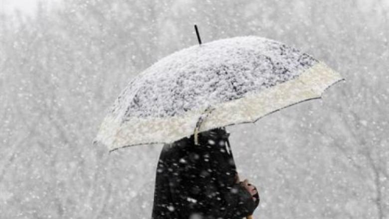 VIDEO   Meteorologii anunță ploi, lapoviță și ninsoare până sâmbătă