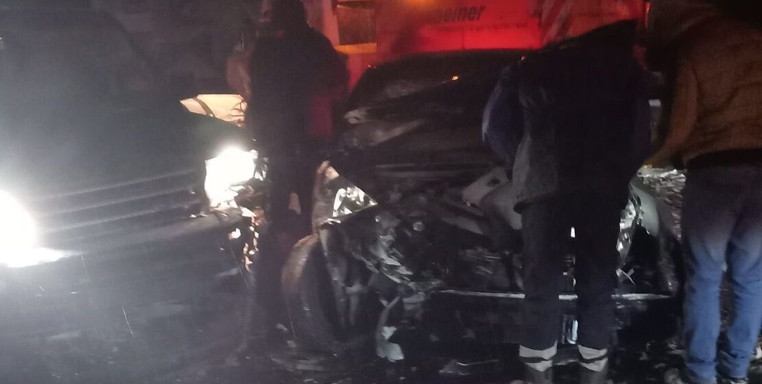 VIDEO | ACCIDENT: O șoferiță din Călinești nu a adaptat viteza la condițiile de drum și a intrat în coliziune cu un alt autoturism