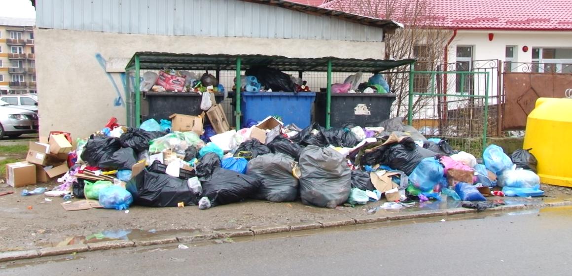 VIDEO | ÎN IMPAS | Sighetul se umple de gunoaie, care nu au unde să fie depozitate. Autoritățile caută soluții