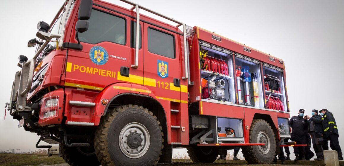 VIDEO | ISU MARAMUREȘ: Autospeciale de stingere a incendiilor de pădure