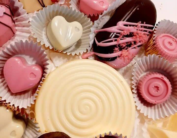 VIDEO | Comandă online delicii pentru indragostiții de dulce