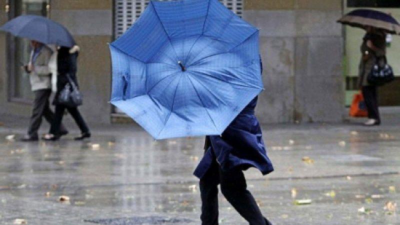 VIDEO | ANM: Ploi și vânt în aproape toată țara