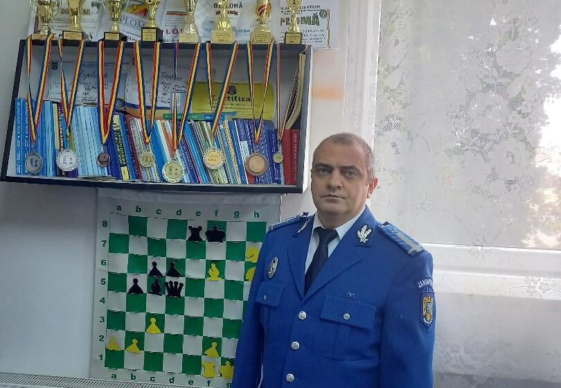 VIDEO | Jandarm maramureşean, multiplu campion la șah