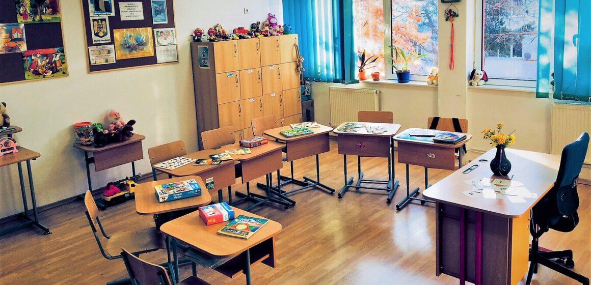 VIDEO | Au fost aprobate metodologia și calendarul de înscriere a copiilor în învățământul primar pentru anul școlar 2021-2022