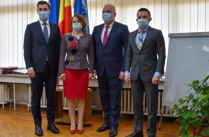 VIDEO | Vizita oficială a reprezentanților Ambasadei Ucrainei în România – însărcinatul cu afaceri, Paun Rohovei, și secretarii Amabsadei Ucrainei, Pavlo Nekrasov și Petro Stoian