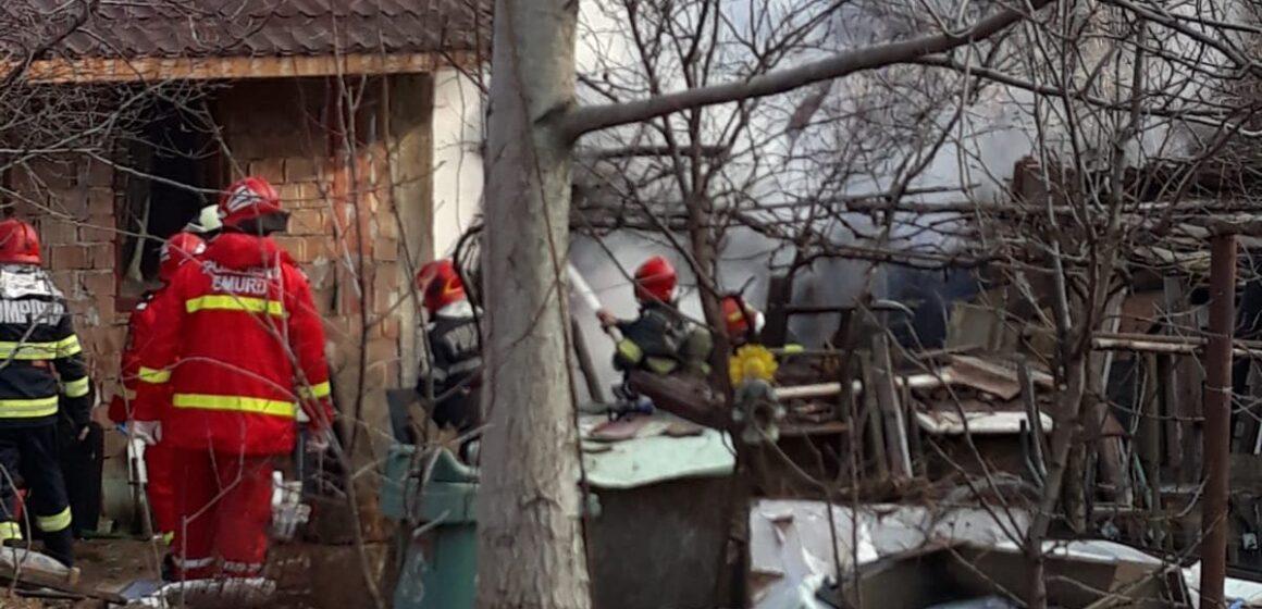 Bărbat găsit mort în urma unui incendiu