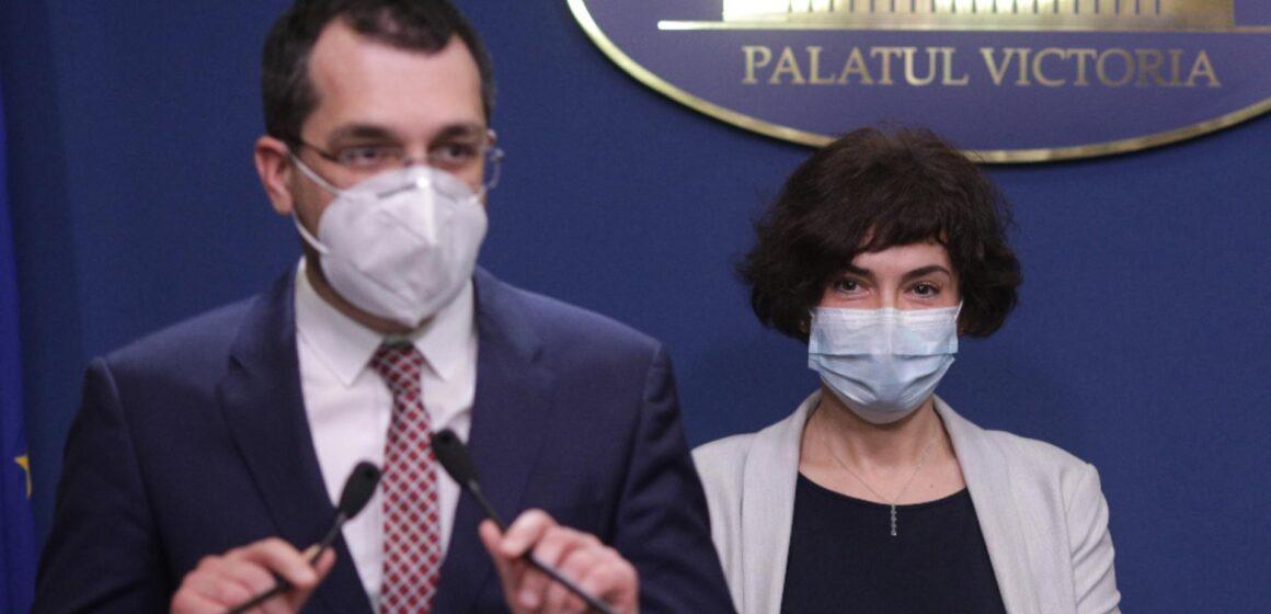 VIDEO | Premierul Cîțu i-a demis pe Vlad Voiculescu și Andreea Moldovan. Cine asigură interimatul la Ministerul Sănătății