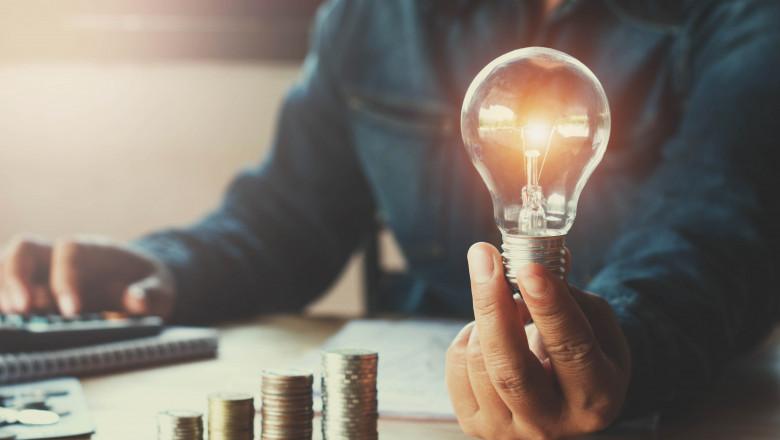 Doar 10 la sută dintre consumatori și-au schimbat furnizorul de energie. Ministru: E o inerție mare, în iunie iar va fi buluc