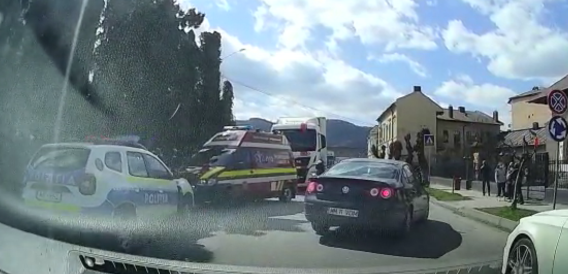 VIDEO | Pieton accidentat pe strada Dragoș Vodă din Sighetu Marmatiei