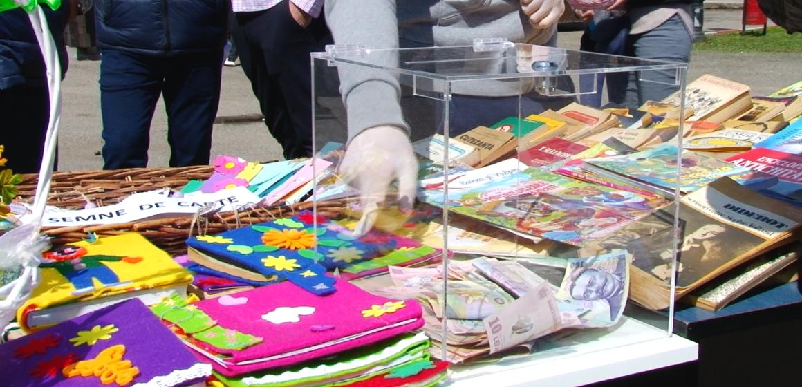 VIDEO   SIGHETU MARMAȚIEI: Târg de carte în scop caritabil