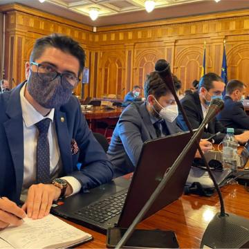 VIDEO   Brian Cristian, deputat USR PLUS: Obligăm toate instituțiile publice să accepte plata online a taxelor și impozitelor