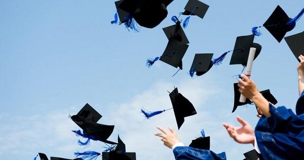 VIDEO   ISJ MARAMUREȘ: Informare privind festivitățile prilejuite de finalizarea anului școlar pentru absolvenții claselor a XII-a și a XIII-a