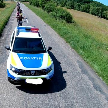 VIDEO | Excursie cu peripeții! Bicicliști escortați tocmai de…POLIȚIE