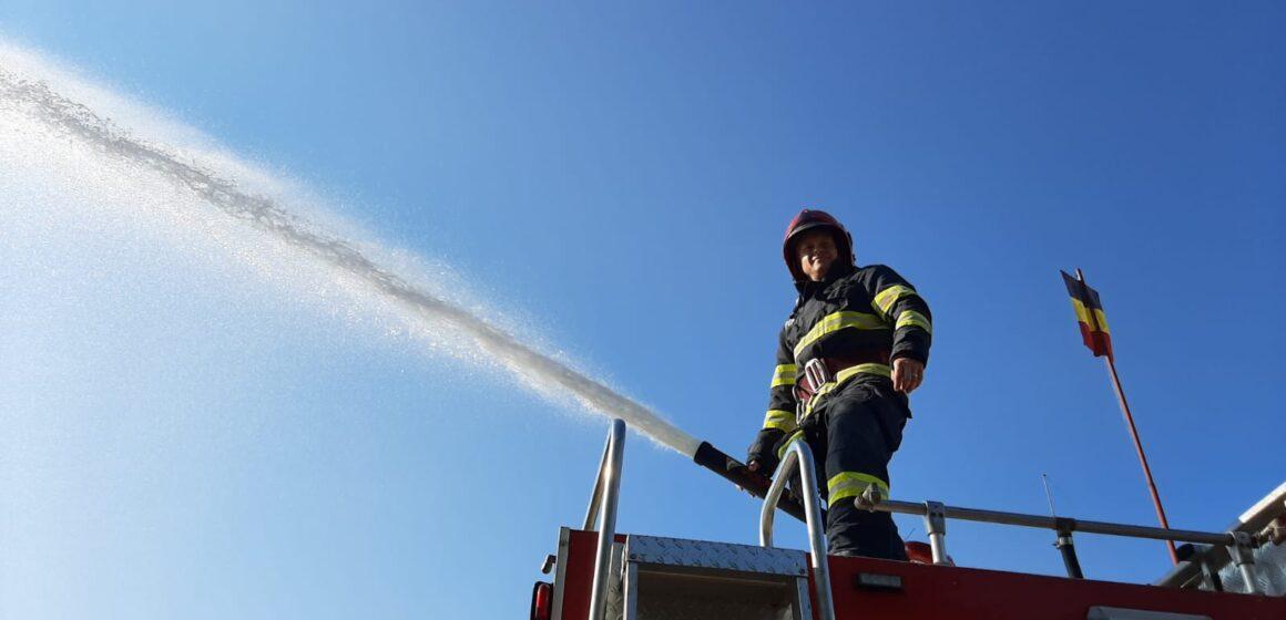 În ultimele zile pompierii maramureșeni au intervenit pentru lichidarea a patru incendii