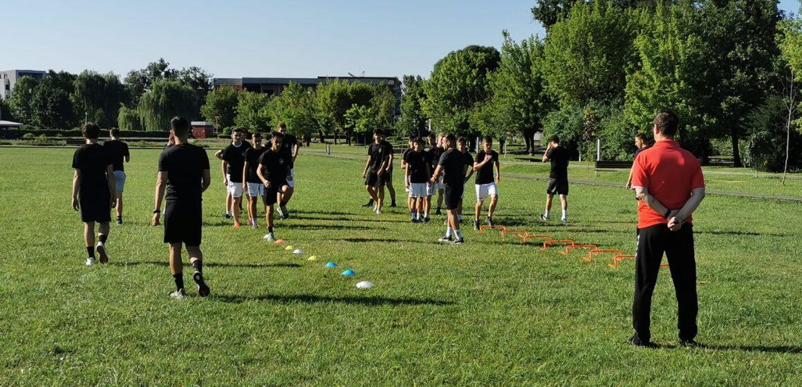 Video   Juniorii de la Academia de Handbal Minaur au început pregătirile pentru noul sezon