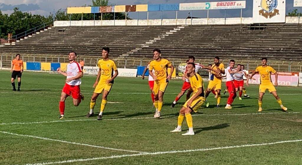 CS Minaur s-a calificat în faza a treia a Cupei României